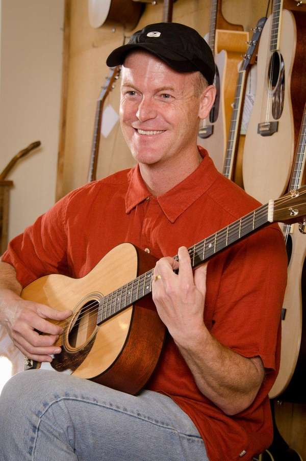 Colorado-based children's musician Steve Weeks will perform Oct.
