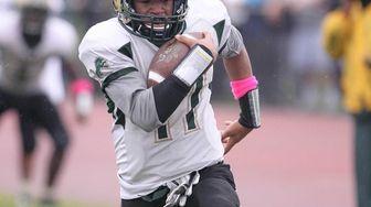 Longwood's Jordan Harris (17) runs a touchdown in