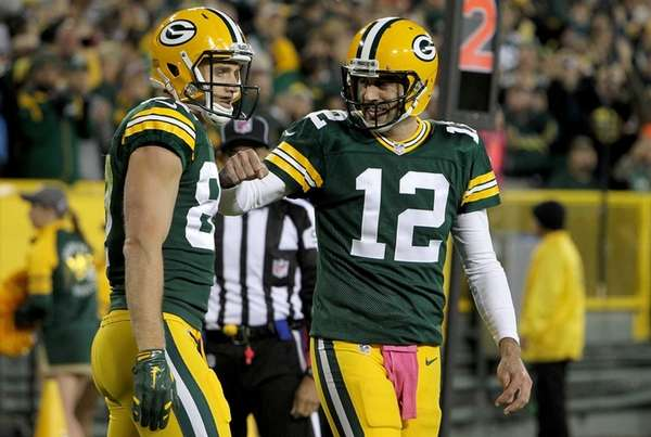 Jordy Nelson and Aaron Rodgers of the Green