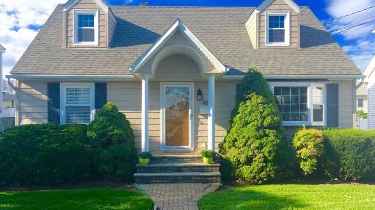 This Mineola expanded cape, listed for $600,000 in