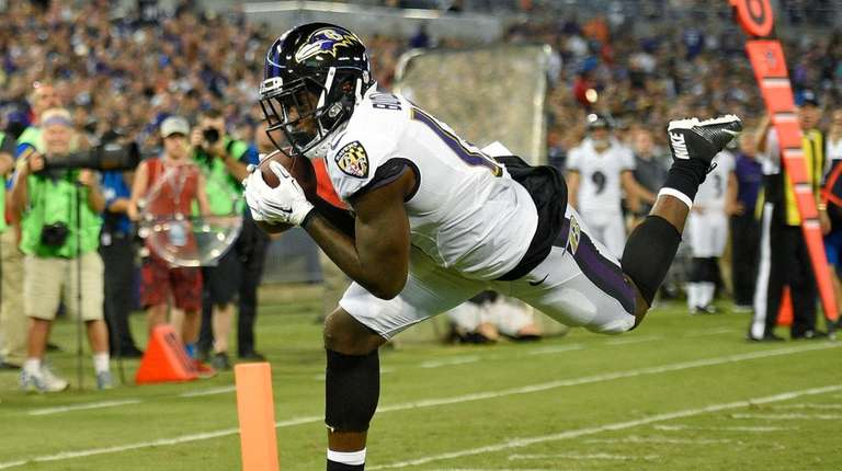 Ravens wide receiver Jeremy Butler makes a touchdown