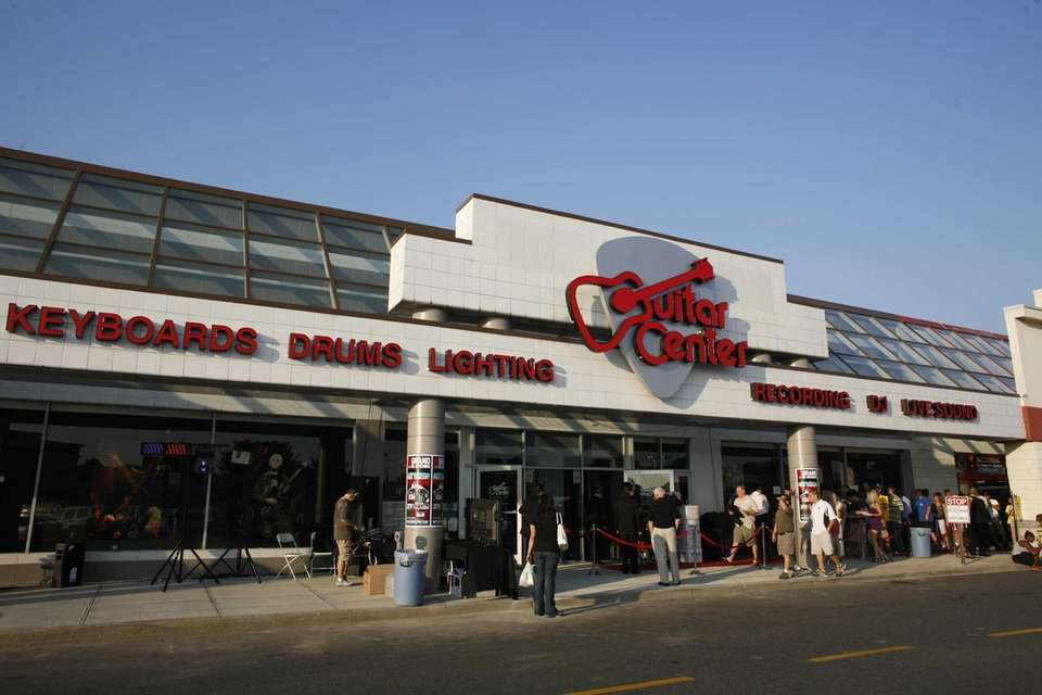 Guitar Center stores can be found in Carle