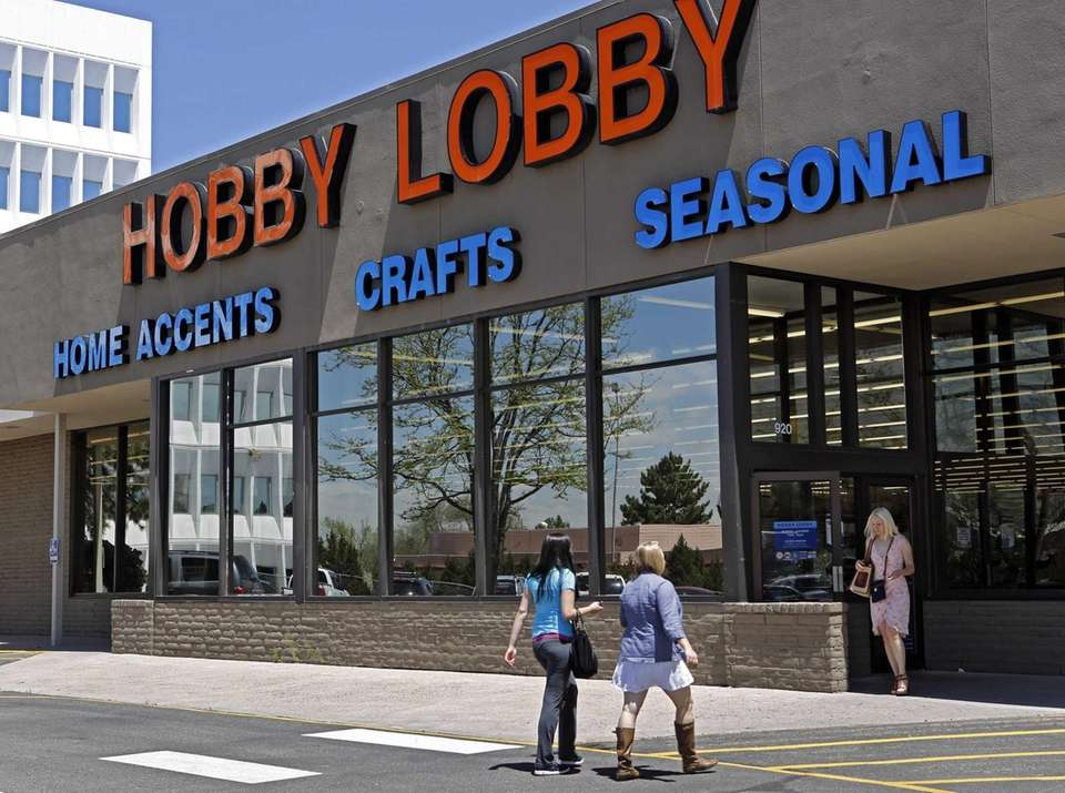 Hobby Lobby has a store in Commack.
