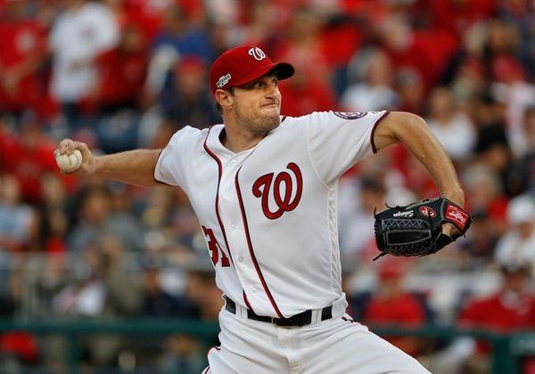 Washington Nationals starting pitcher Max Scherzer works against
