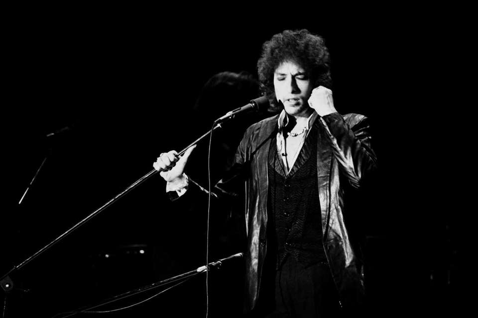 Bob Dylan performs on July 4, 1978, in