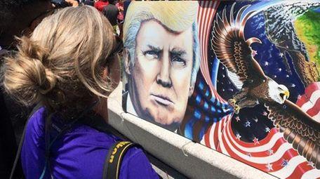 Trump mural.