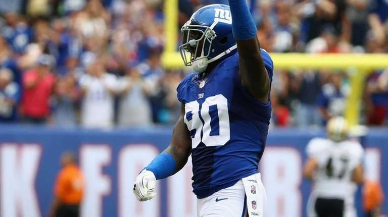 Jason Pierre-Paul of the New York Giants celebrates
