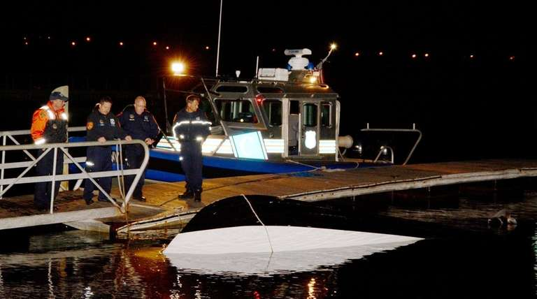 Suffolk Marine Bureau and other officers investigate an