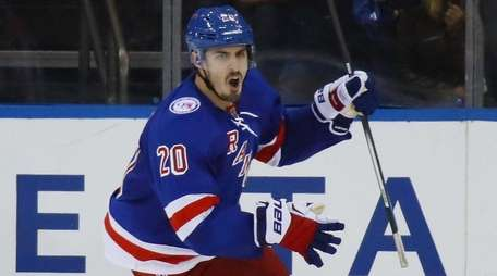 Chris Kreider of the Rangers celebrates his third-period