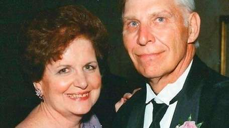 Jane and Joe Nowisczski of West Babylon celebrated