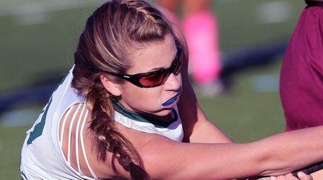 Carle Place's Julia Pascarella shoots the ball against