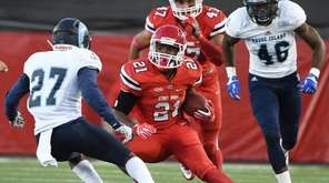 Stony Brook running back Stacey Bedell makes a