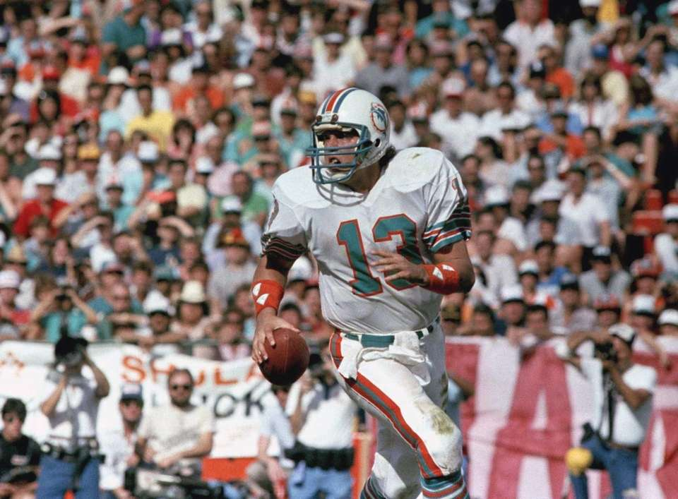 420 career passing TDs (Miami Dolphins, 1983-99)