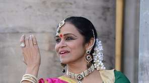 Members from the Srijan Dance Center will perform