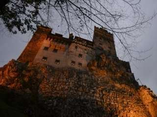Bran Castle lies on top of cliffs in