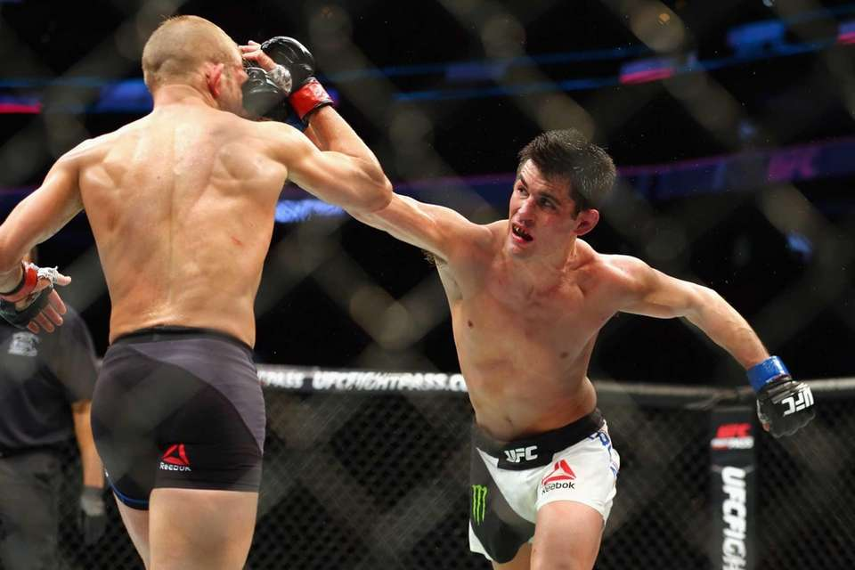 Successful title defenses: 1 While Barao and Dillashaw