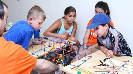 Students at Park Shore Country Day Camp &