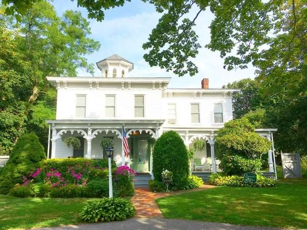 This Italianate Victorian has operated as Quintessentials Bed