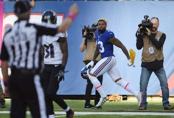 New York Giants' Odell Beckham Jr. runs along