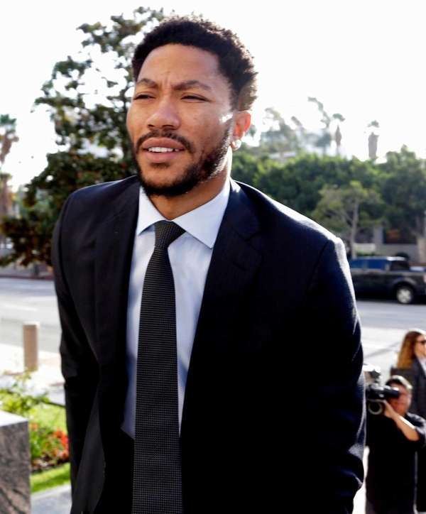 Derrick Rose arrives at Federal Court in Los