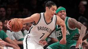 Brooklyn Nets guard Jeremy Lin (7) with the