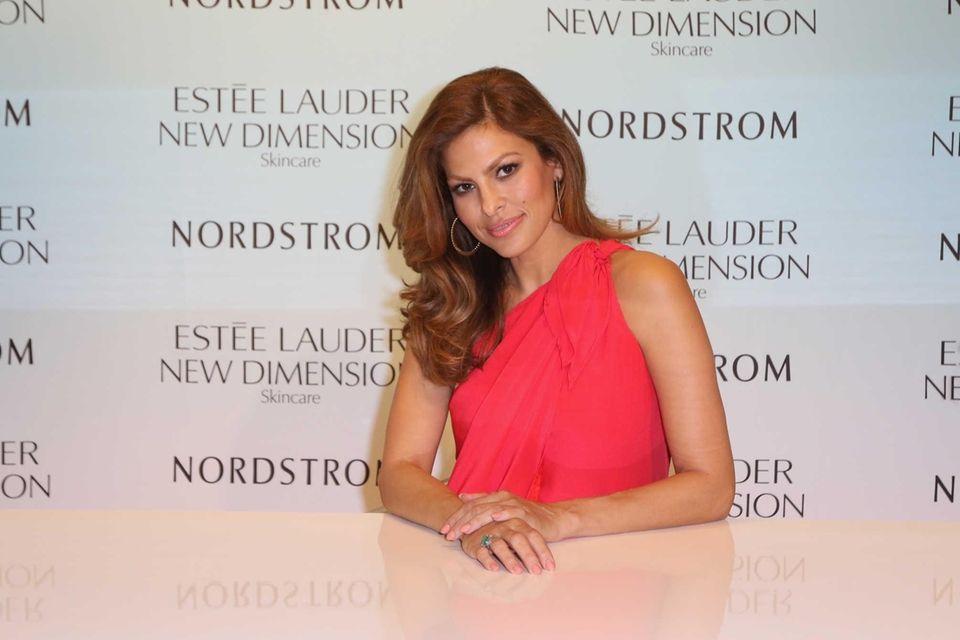 Eva Mendes launches Estee Lauder New Dimension Skincare