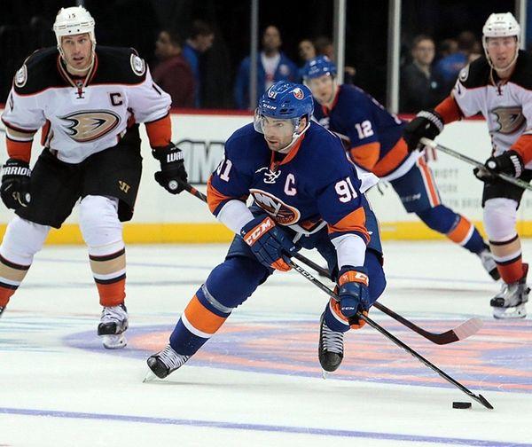 New York Islanders center John Tavares brings the