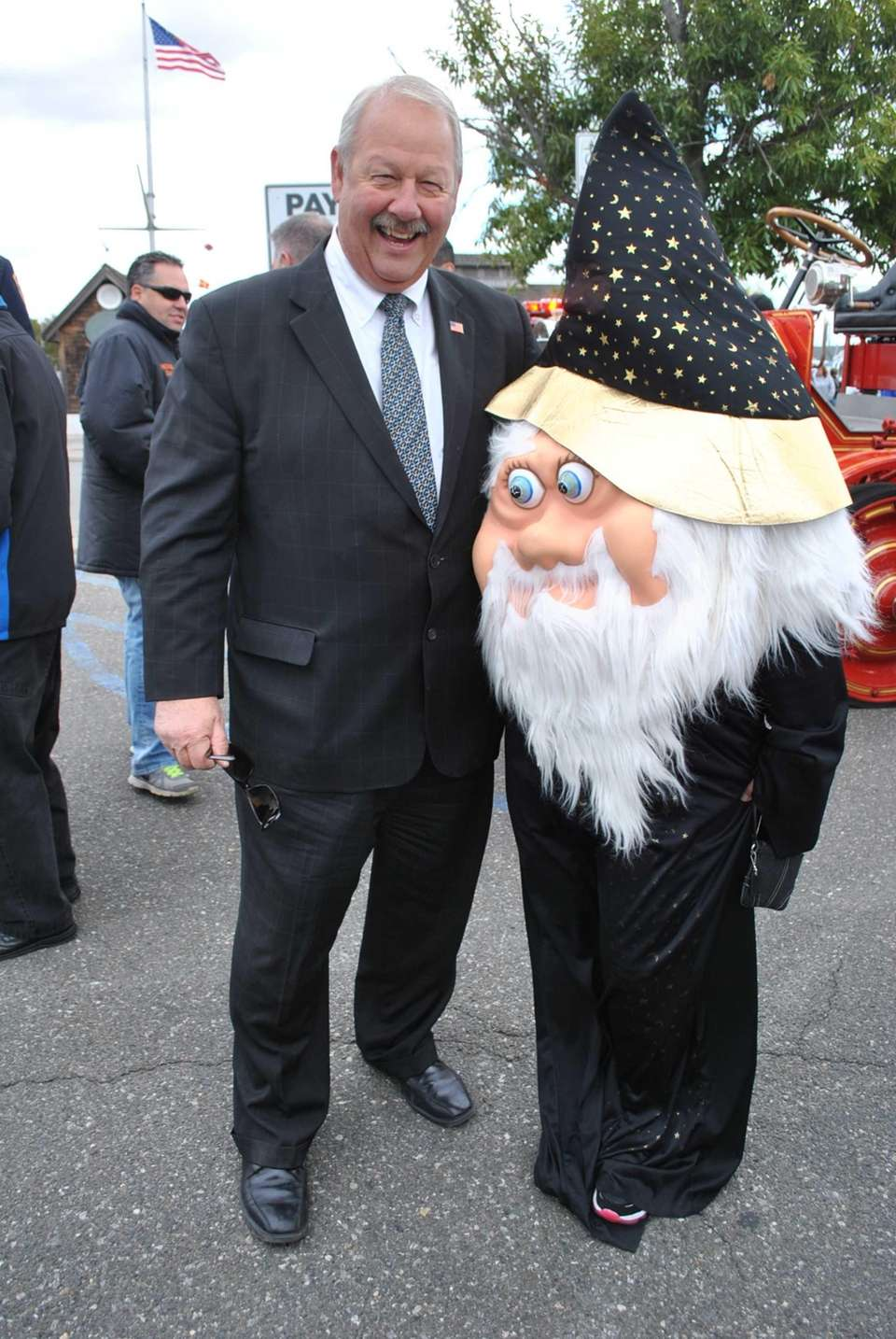 Mayor Kennedy with a wizard