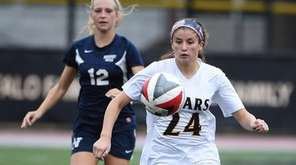 Francesca Picicci of St. Anthony's chases the ball