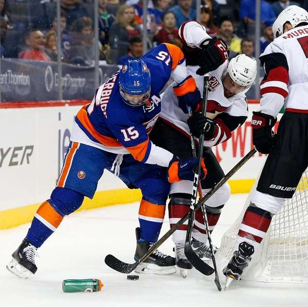 Cal Clutterbuck #15 of the New York Islanders