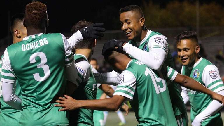 New York Cosmos midfielder Yohandry Orozco (19) celebrates