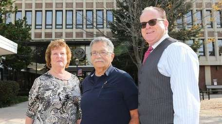 From left, Town of Hempstead employees Maureen Willix,
