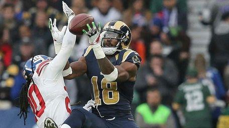 Los Angeles Rams wide receiver Kenny Britt (18)