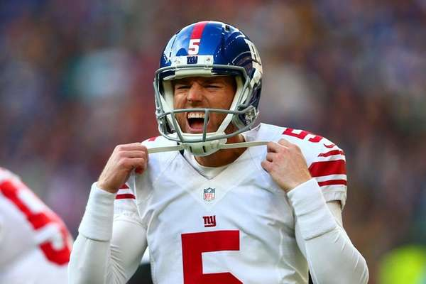 Robbie Gould of the New York Giants reacts