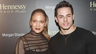 Singer Jennifer Lopez and boyfriend Casper Smart are