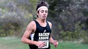 Sachem North's Jonathan Lauer finishes first in the