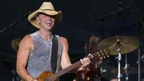 Kenny Chesney performs at the 4th Annual ACM