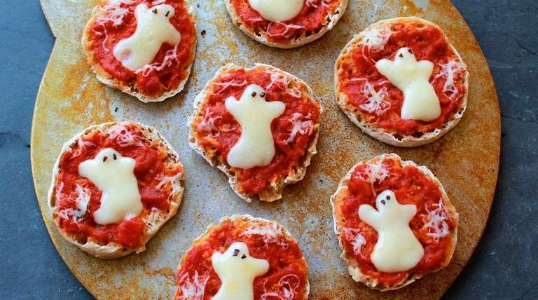 Ghost toasts and more simple recipes to try