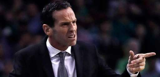 Brooklyn Nets head coach Kenny Atkinson calls to