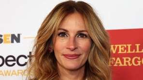 Honorary co-chair Julia Roberts attends the 2016 GLSEN