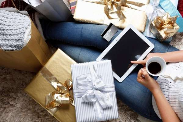 Avoid a holiday spending hangover by putting away