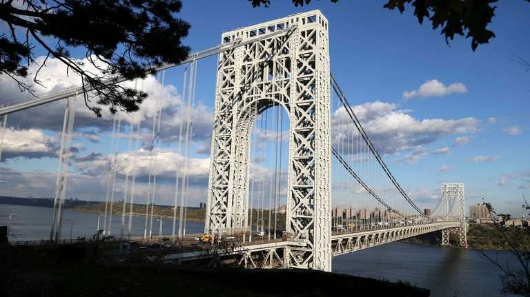 The George Washington Bridge is seen from Fort