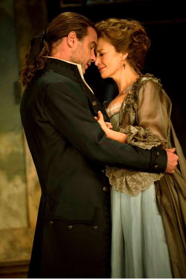 Tony Award winners Janet McTeer and Liev Schreiber