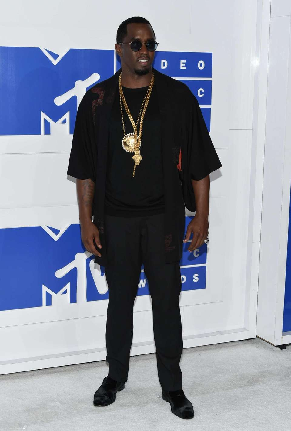 Sean Diddy Combs arrives at the MTV Video