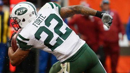 New York Jets running back Matt Forte runs