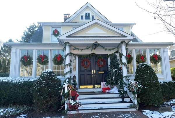Many Long Island communities organize house tours during