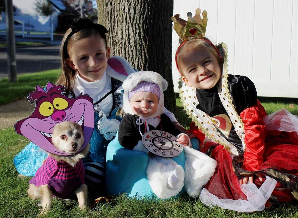 Happy Halloween from Wonderland! The Dunn girls (and