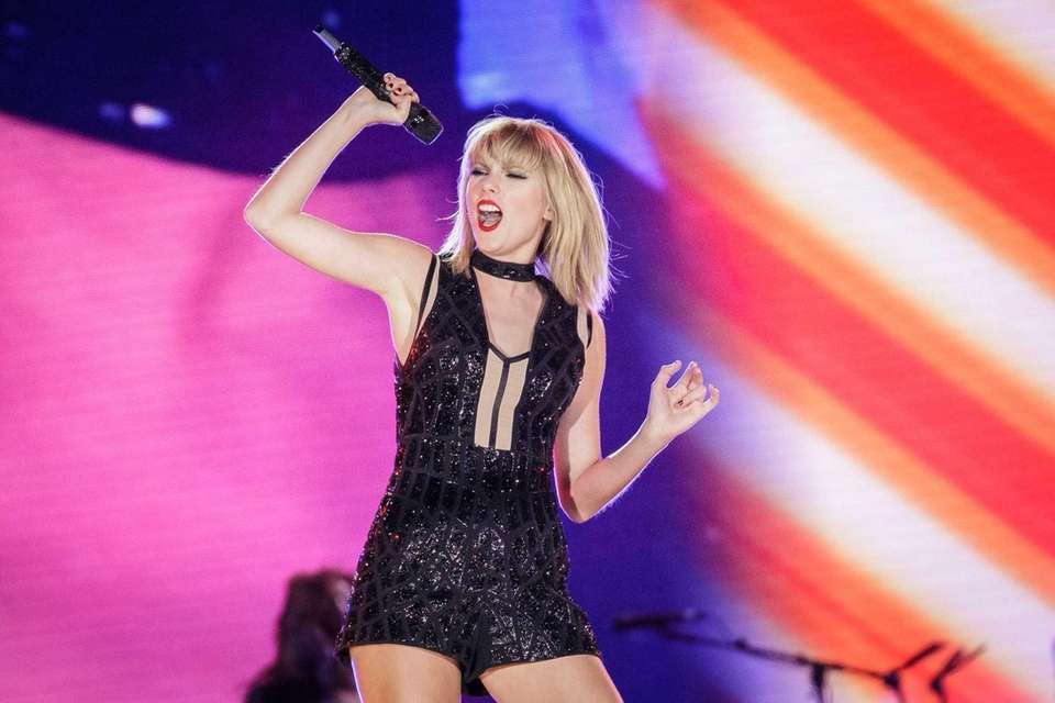 Singer-songwriter Taylor Swift performs her only full concert