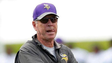 Minnesota Vikings offensive coordinator Norv Turner looks on