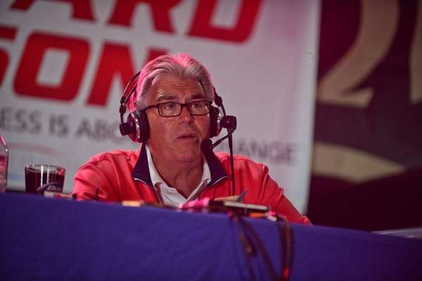 Sports radio host Mike Francesa is doing robocalls